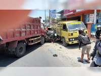 Kecelakaan Beruntun di Proliman Kapas Bojonegoro, 7 Orang Luka Berat