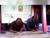 Tingkatkan Pembangunan Wilayah Hutan, Pemkab Blora Jalin Kerja Sama dengan UGM
